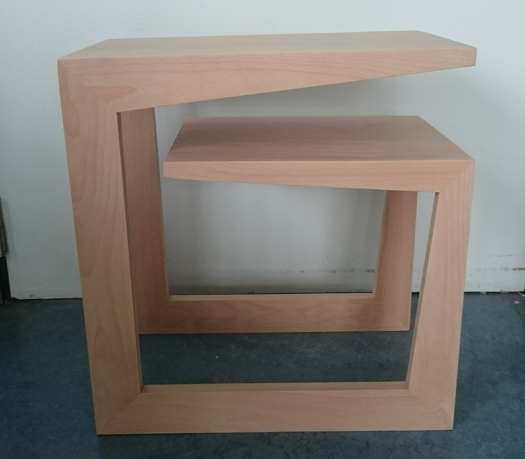 G side table